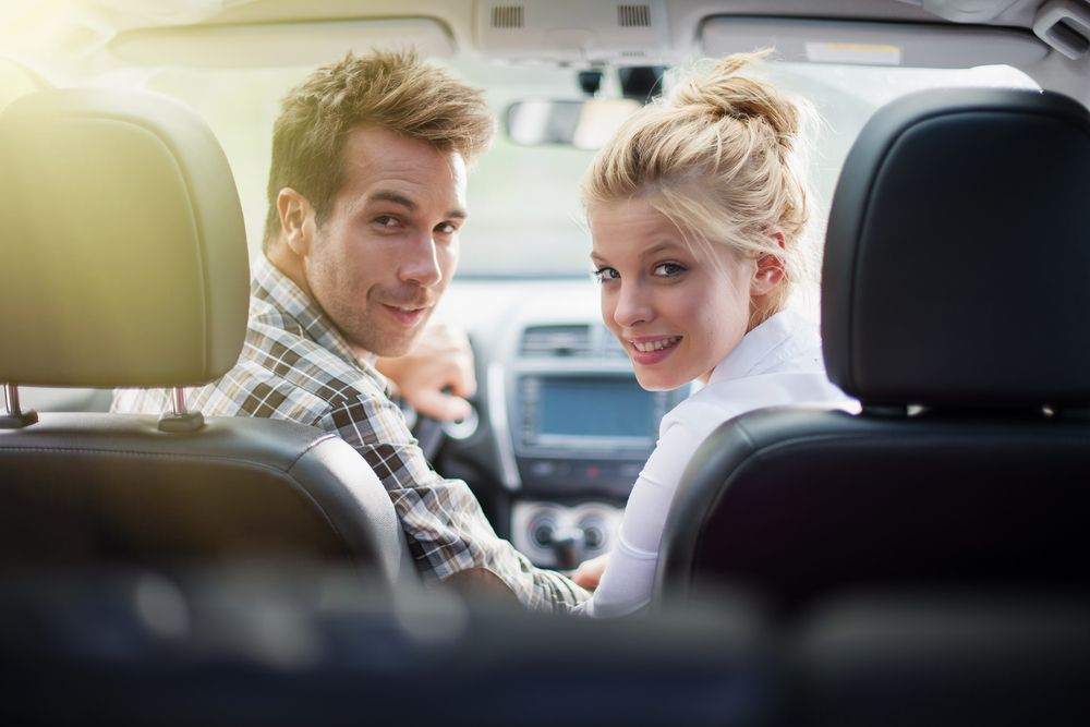 How can married couples find the cheapest car insurance?
